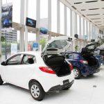 ディーラーで加入する自動車保険の3つのメリットとデメリット